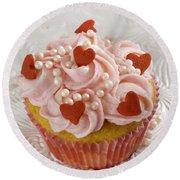 Valentine Cupcakes  Round Beach Towel