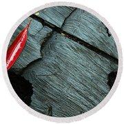 Red Leaf On Cut Wood Round Beach Towel