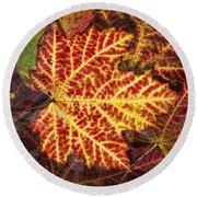 Red Maple Leaf Round Beach Towel