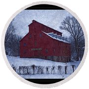 Red Mill Antique Barn Round Beach Towel
