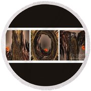 Red Moon Rising - Abstract - Triptych Round Beach Towel