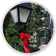 Red Ribbon Christmas Round Beach Towel