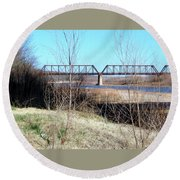 Red River I 35 Train Trussell Round Beach Towel