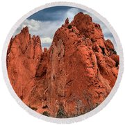 Red Rock Cluster Round Beach Towel