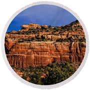 Red Rock Crag Round Beach Towel