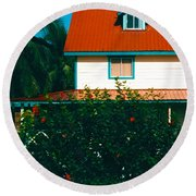 Red Roof Home Round Beach Towel
