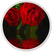 Red Roses Reflected Round Beach Towel