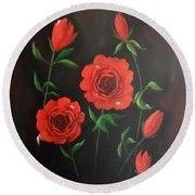 Red Roses Weeping Round Beach Towel