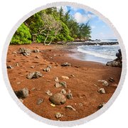Red Sand Seclusion - The Exotic And Stunning Red Sand Beach On Maui Round Beach Towel