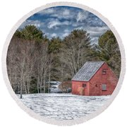 Red Shed In Maine Round Beach Towel by Guy Whiteley