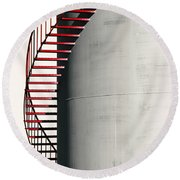 Red Steps On Tank Round Beach Towel
