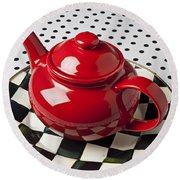 Red Teapot On Checkerboard Plate Round Beach Towel