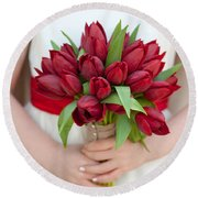 Red Tulip Wedding Bouquet Round Beach Towel