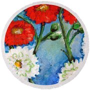 Red White And Blue Flowers Round Beach Towel