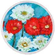 Red White And Blue Zinnia Flowers Round Beach Towel