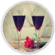 Red Wine And Roses Round Beach Towel