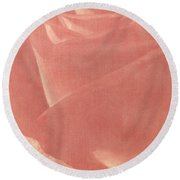 Reddish Rose Round Beach Towel