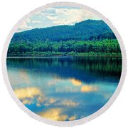 Reflection In The Water Round Beach Towel