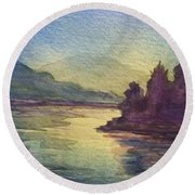 Reflections On North South Lake Round Beach Towel