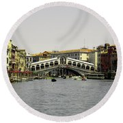 Rialto Bridge Venice Round Beach Towel
