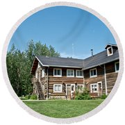 Rika's Roadhouse In Big Delta State Historical Park-ak Round Beach Towel