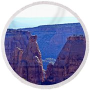 Rim Rock Colorado Round Beach Towel