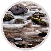 River Flowing Over Rocks Round Beach Towel
