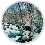 River Flowing Through A Valley, Hudson Round Beach Towel