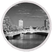 River Liffey - Dublin Round Beach Towel