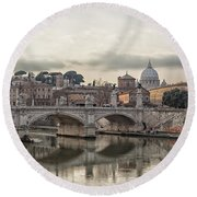 River Tiber In Rome Round Beach Towel