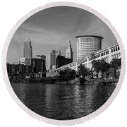 River View Of Cleveland Ohio Round Beach Towel