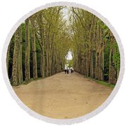 Road To Chenonceau Round Beach Towel