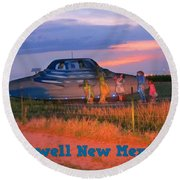 Roadside Attraction At Roswell Round Beach Towel