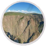 Rock Formations In Black Canyon Round Beach Towel