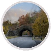 Rock Tunnel - Kelly Dive Round Beach Towel