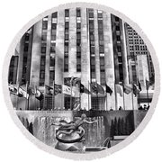 Rockefeller Center Black And White Round Beach Towel