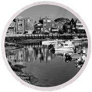 Rockport Harbor - Bw Round Beach Towel
