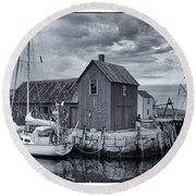 Rockport Harbor Lobster Shack Round Beach Towel