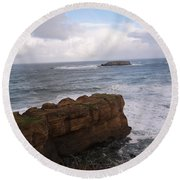 Rocks And Waves  Round Beach Towel
