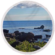 Rocks Of Lake Superior Round Beach Towel