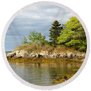 Rocky Coast In Maine Round Beach Towel