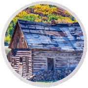 Rocky Mountain Rural Rustic Cabin Autumn View Round Beach Towel