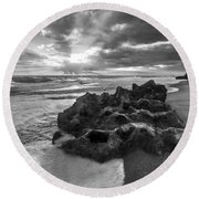 Rocky Surf In Black And White Round Beach Towel