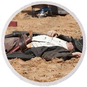 Rodeo Gunslinger Victim Color Round Beach Towel