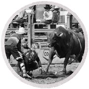 Rodeo Mexican Standoff Round Beach Towel
