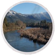 Rogue River And Mt Baldy In Winter Round Beach Towel