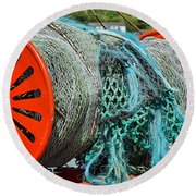 Rolled-up Nets Round Beach Towel