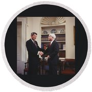 Ronald Reagan And John Mccain Round Beach Towel by Carol Highsmith