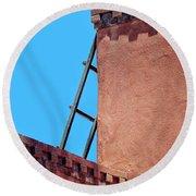 Roof Corner With Ladder Round Beach Towel