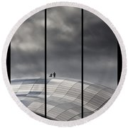 Roof Of The Sage Round Beach Towel